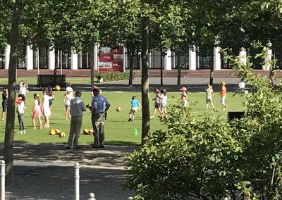 Bewegungsspiele mit dem Volleyball Club Wiesbaden